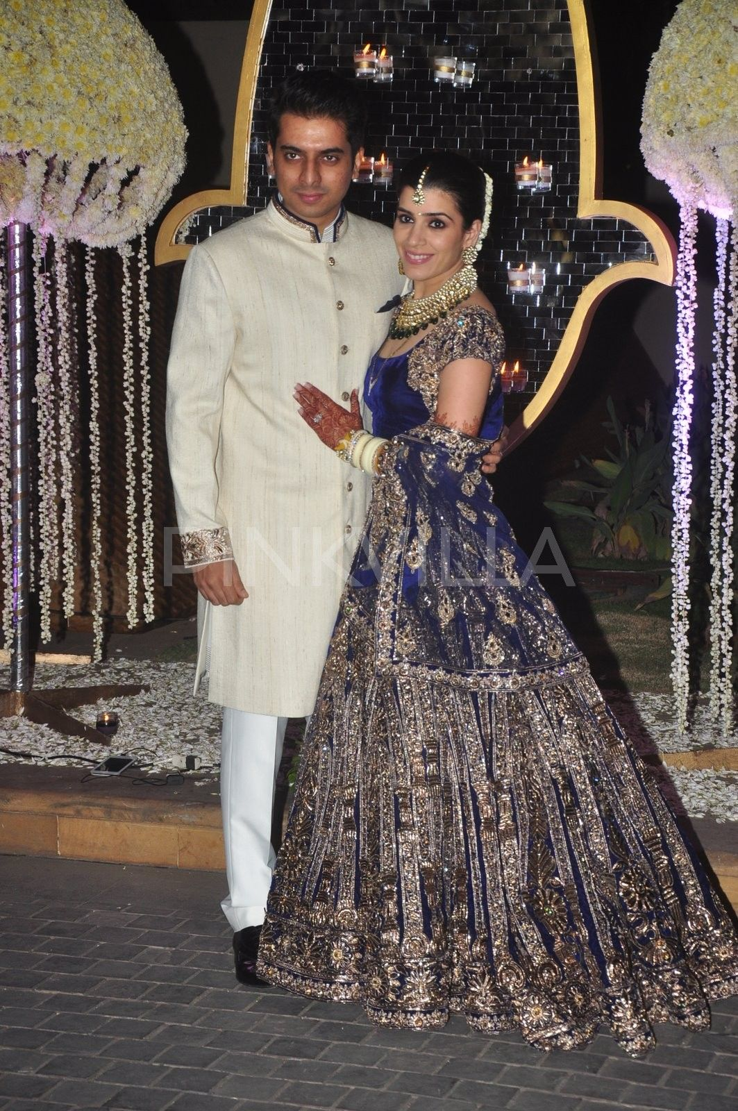 4922377a23971 Wedding reception of Talwalkar scion Tejas and Punit Malhotra's sister  Rriddhi Malhotra