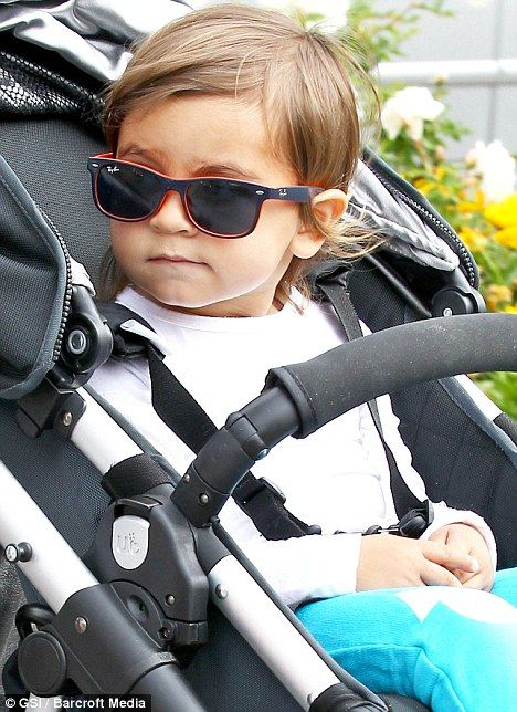 1f215400bb Leaving mommy in the shades! Little Mason Disick is a star in the ...