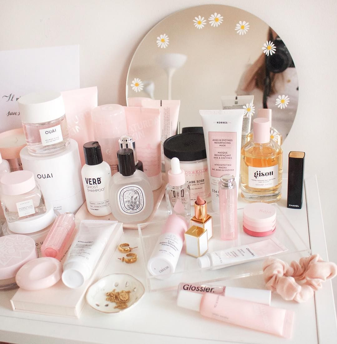 Don T Mind Me Just Trying To Take A Photo Of Some Cute Skincare Things Glossier Drun French Brands How To Take Photos Skin Care