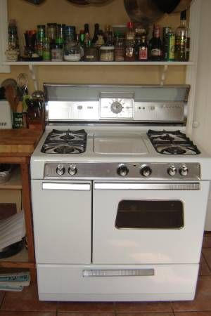 50 S Kenmore Gas Range Stove With Griddle And Rotisserie In