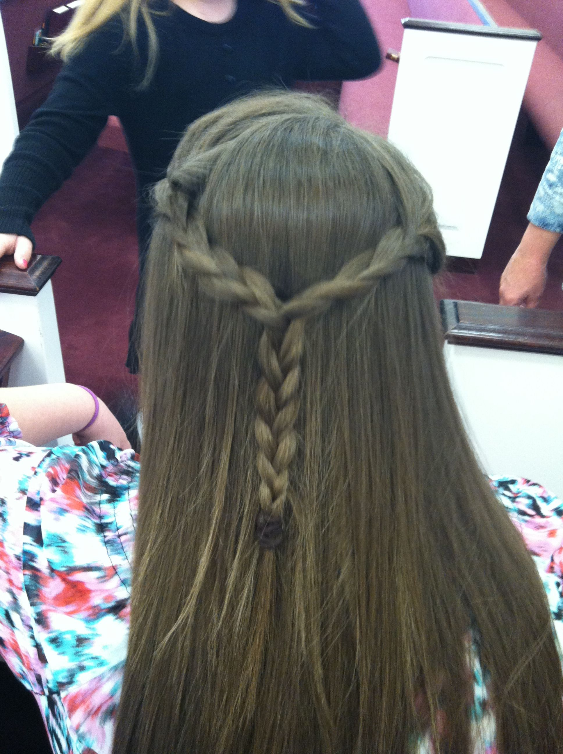 I want to be able to do this to my hair :( but I can only do others