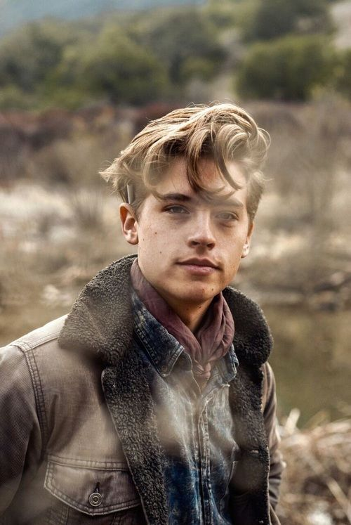 Immagine di cole sprouse, boy, and Hot