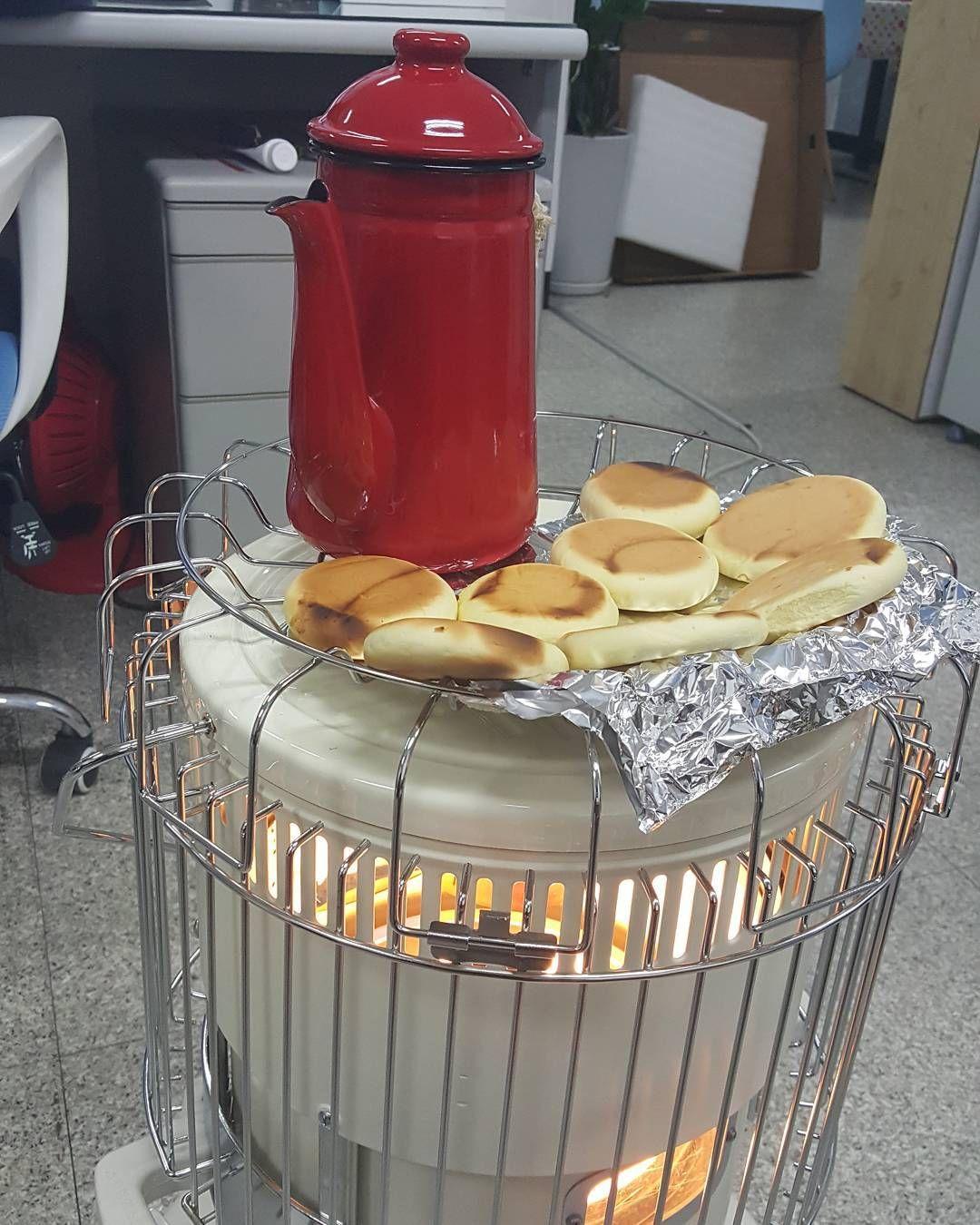 난로엔 역시 몬가 구워먹어야 ㅎㅎㅎ Design デザイン Plusline 플러스라인 디자인회사 디자인 공기청정기 미니머리즘 이모팬 Emofan 제품개발 아이디어 아이디어제품 Fan 에어팬 3d프린터 3dprinting Canning Trash Can