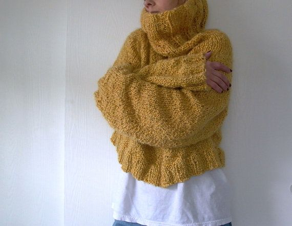 Easy Knitting Pattern For Sweater : Easy Like Sunday. oversized sweater knitting pattern . cropped sweater patter...