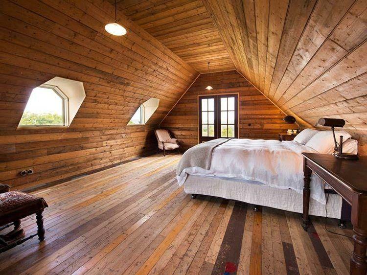 Schlafzimmer dachgeschoss ~ Rustikales schlafzimmer im dachgeschoss aus holz myroom