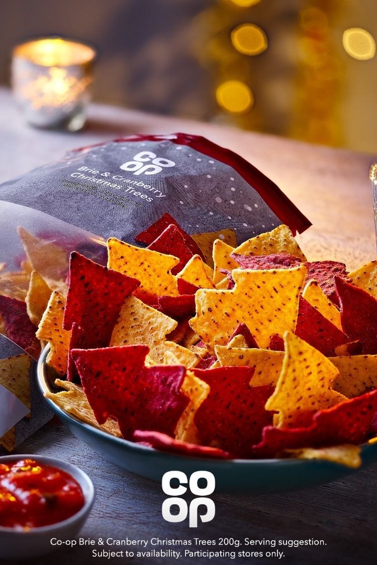 Brie and Cranberry Tortilla Tree Crisps Christmas food
