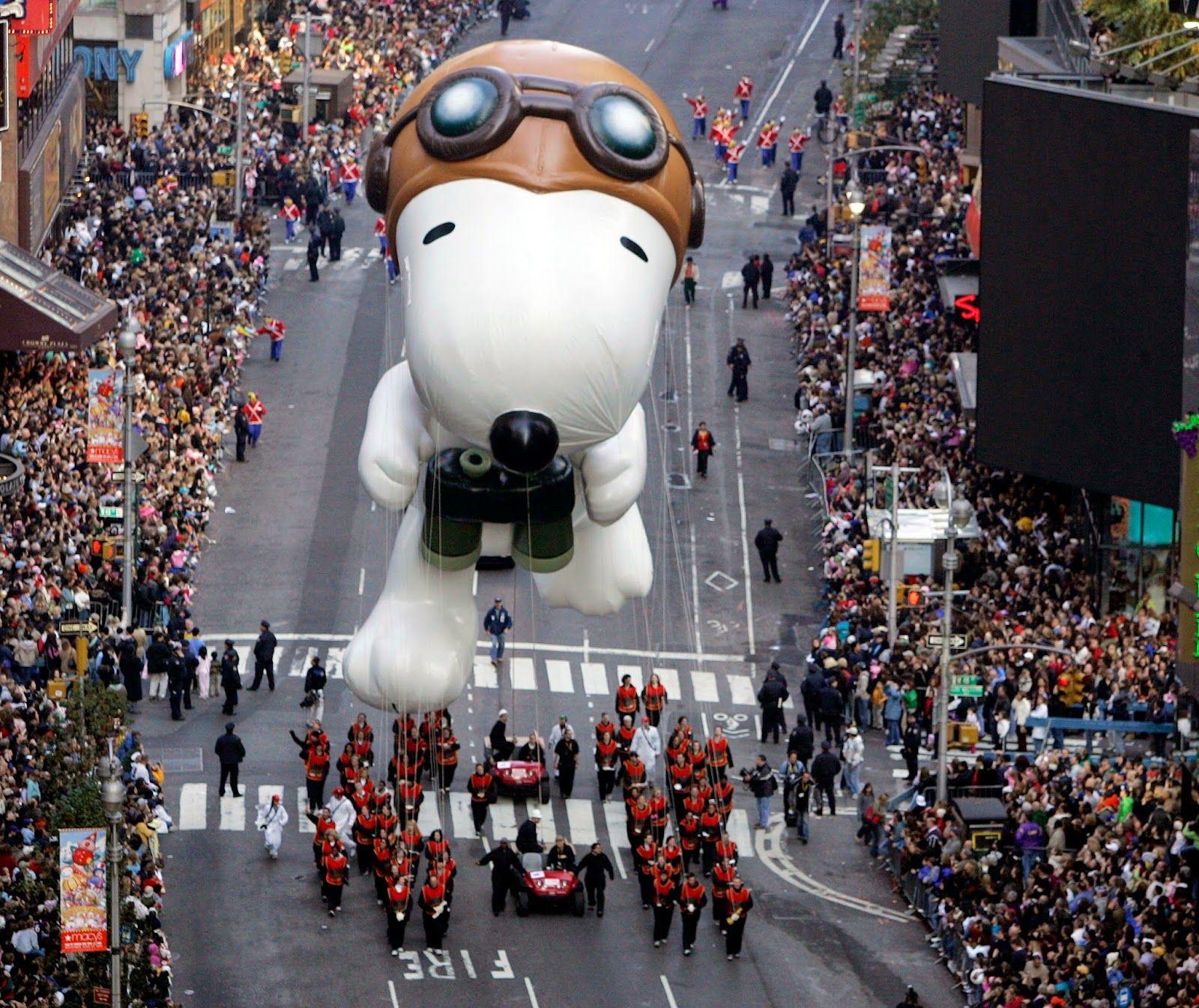 Chicas En New York Accion De Gracias En Nyc Macy S Thanksgiving Day Parade Macy S Thanksgiving Day Parade Thanksgiving Parade
