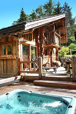 Location D Un Chalet De Vacances Avec Jacuzzi En Haute Savoie Vacation Rental Of A Chalet In The French Alps Houten Huizen Chalets Schuur Wonen