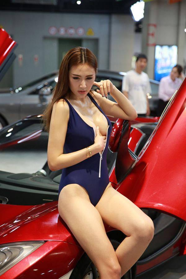 Pics asian car show models flirting suck