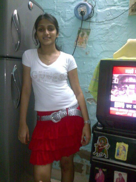 Padho Pados Ki Ladki Ritu Ki Chudai Kahani Is Mein Ritu