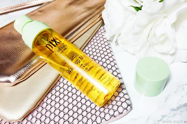 REVIEW Pixi Skintreats Vitamin Wakeup Mist Pixi