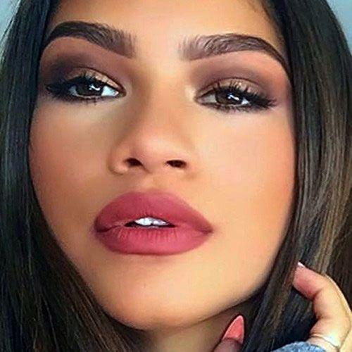El hermoso maquillaje de Zendaya.