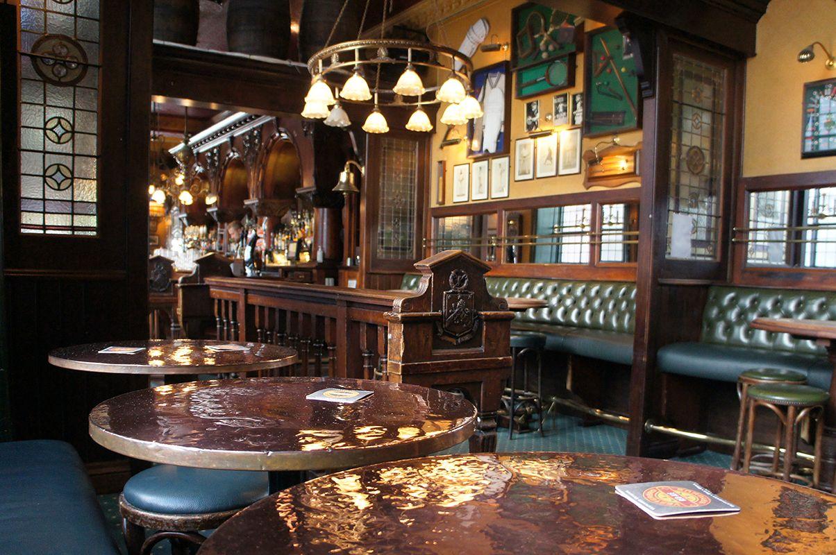english pub interior design Design