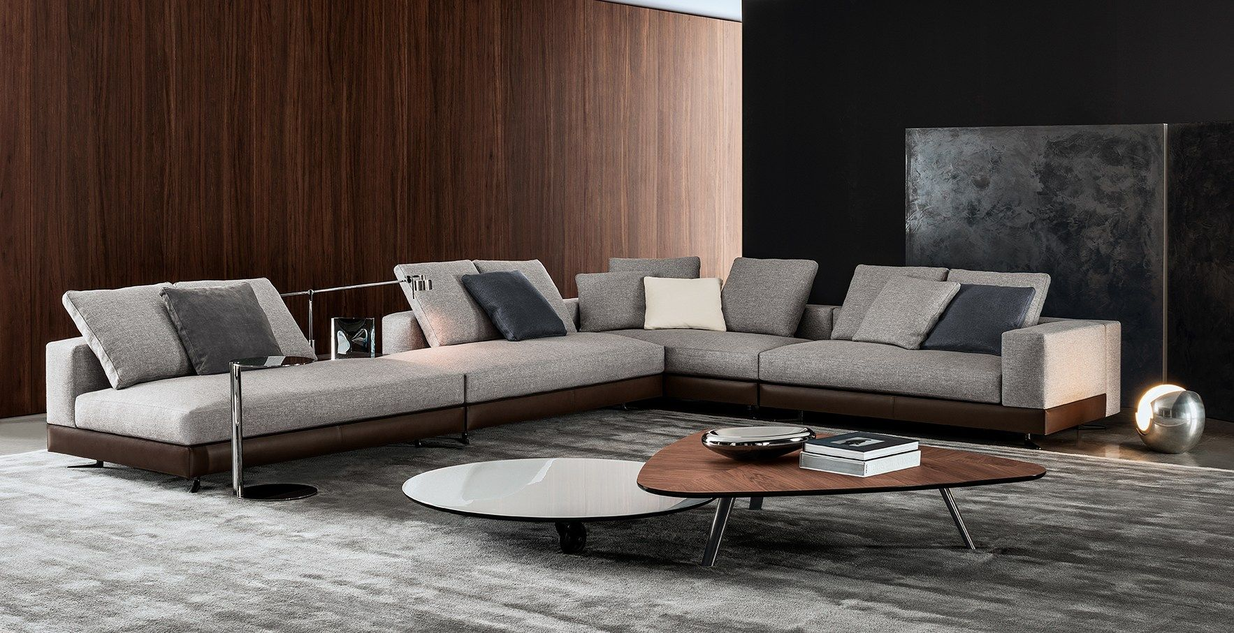 White Seating System By Rodolfo Dordoni For Minotti