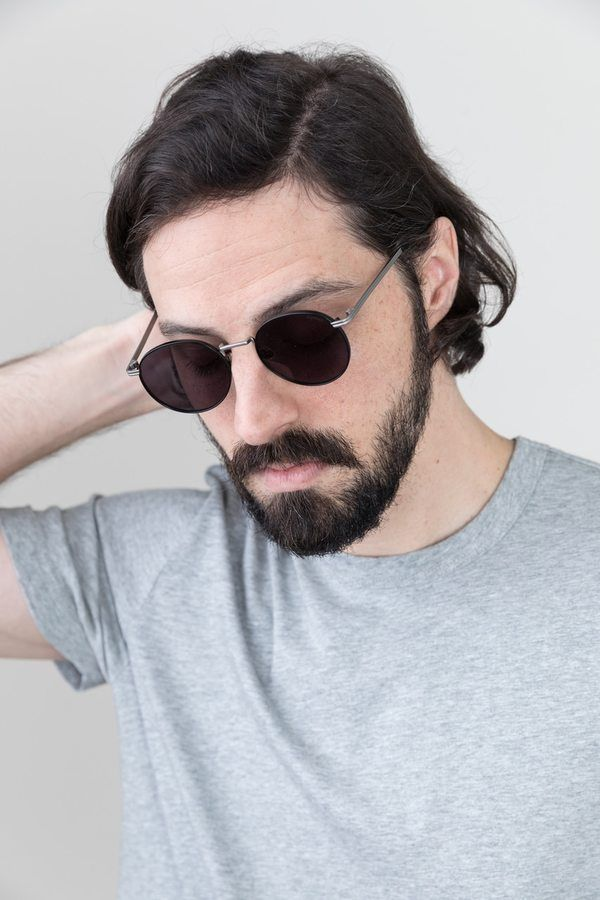 0be751af0de The Taylor sunglasses by Komono are a classic frame that pairs easily with  any outfit. Dress them up with a patterned button up or keep em  cool with  a ...