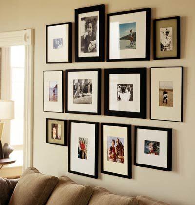 Tavelvägg svarta ramar sök på google · photo wall groupingsphoto groupingfamily