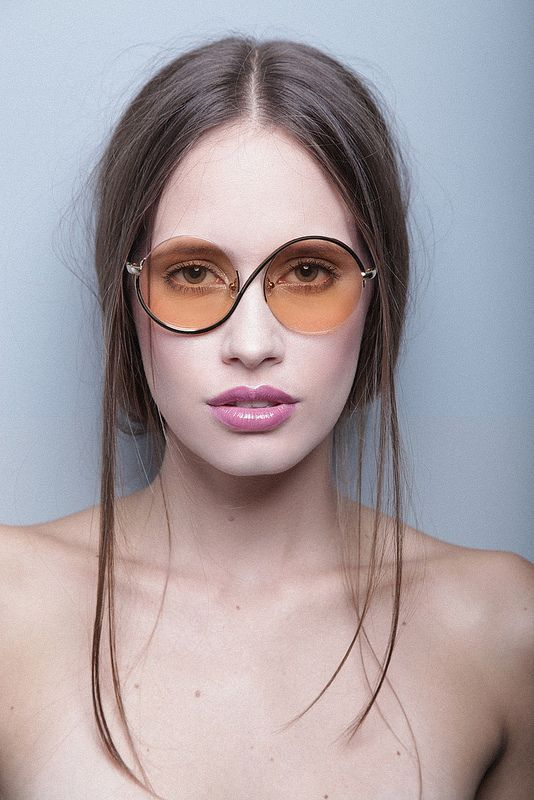 Love her vintage glasses #blueprint #vintage #sunglasses http://www.blueprinteyewear.com/