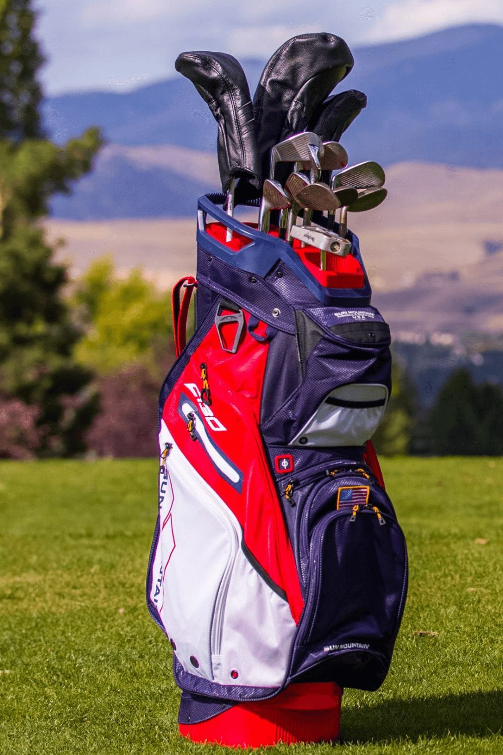 C 130 Supercharged Bag Cart Golf Bags For Sale Sun Mountain In 2020 Golf Bags Golf Bags For Sale Ladies Golf Bags