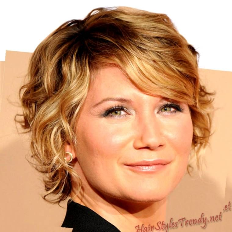 Y4v9yl7 Jpg 760 760 Short Curly Haircuts Short Wavy Hair Short Curly Hairstyles For Women