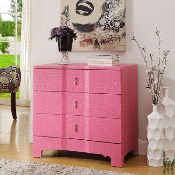 Colorful Living Room Chest Festooning - Living Room Designs ...