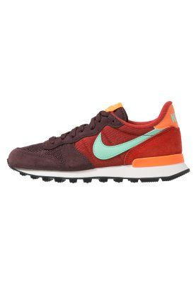 1231056a55cd INTERNATIONALIST - Trainers - mahogany green glow cinnabar total orange