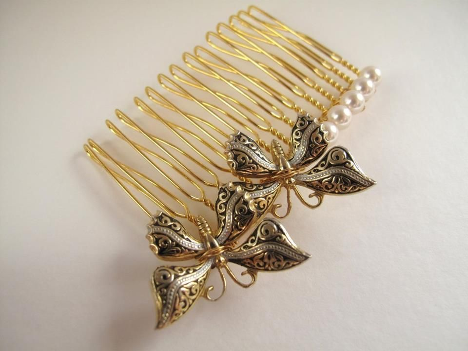 Pin by Andrea on Haircombs | Pinterest | Hair combs, Website and ...