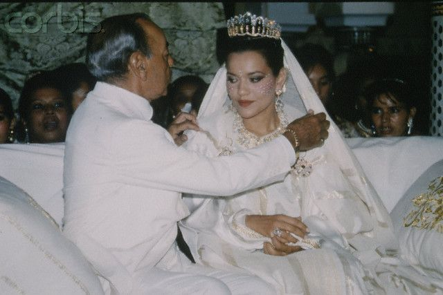 Lalla Hasna's wedding. Seen here with her father, the late king Hassan II of Morroco
