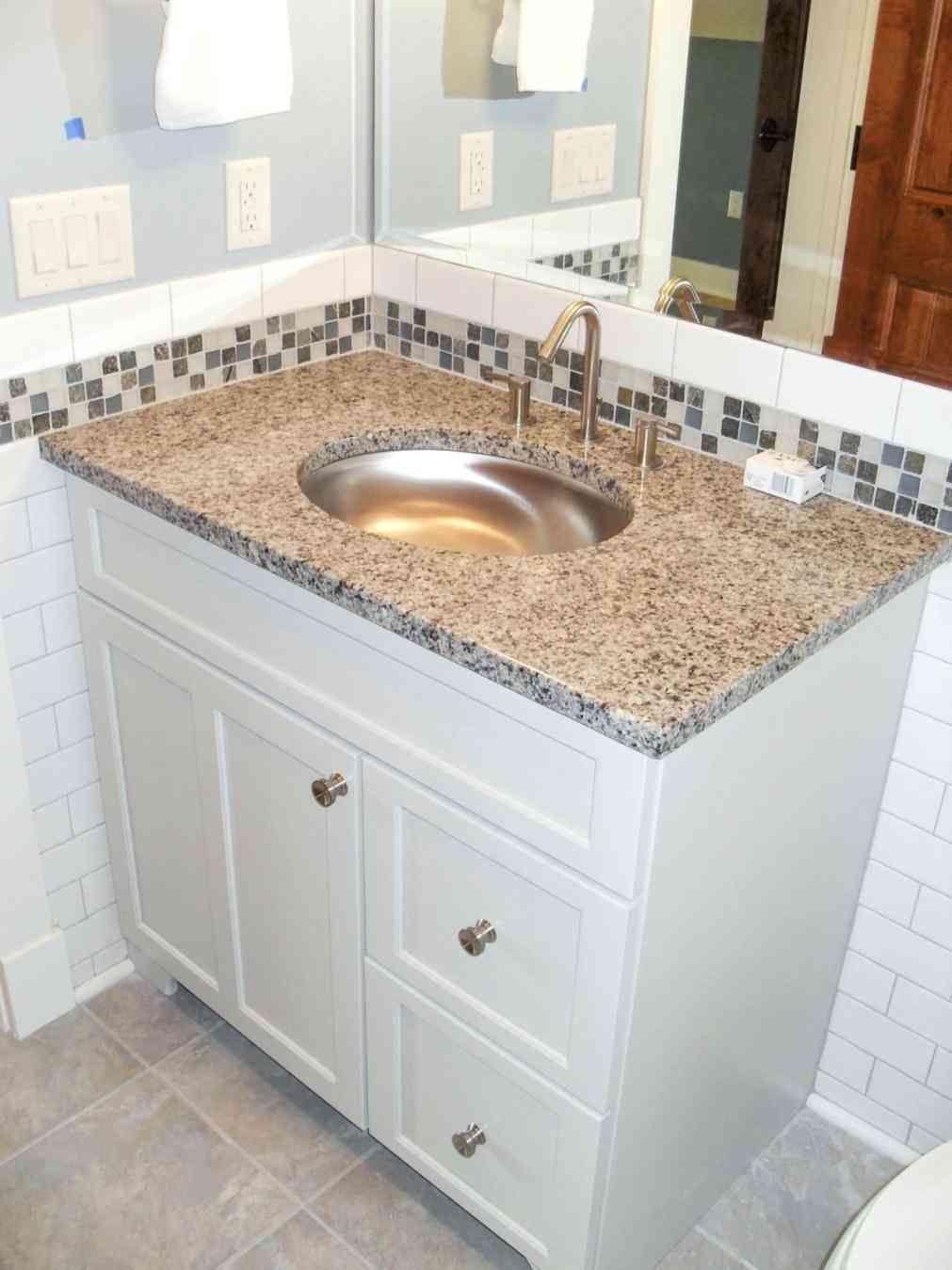 New Post bathroom tile border designs | LivingRooms | Pinterest ...