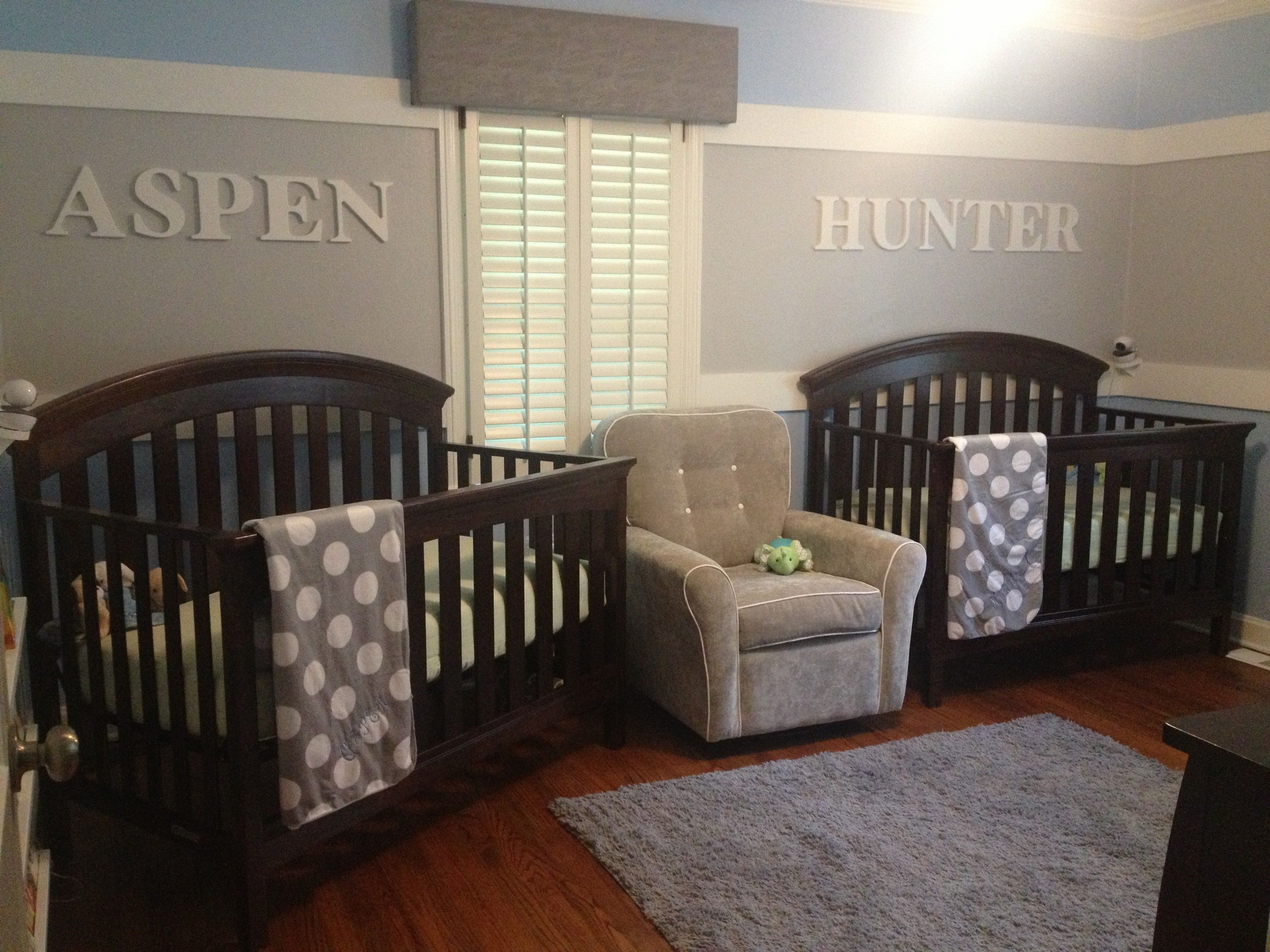 nursery-room-for-twin-boywith-black-wooden-baby-crib-and-gray-f ...