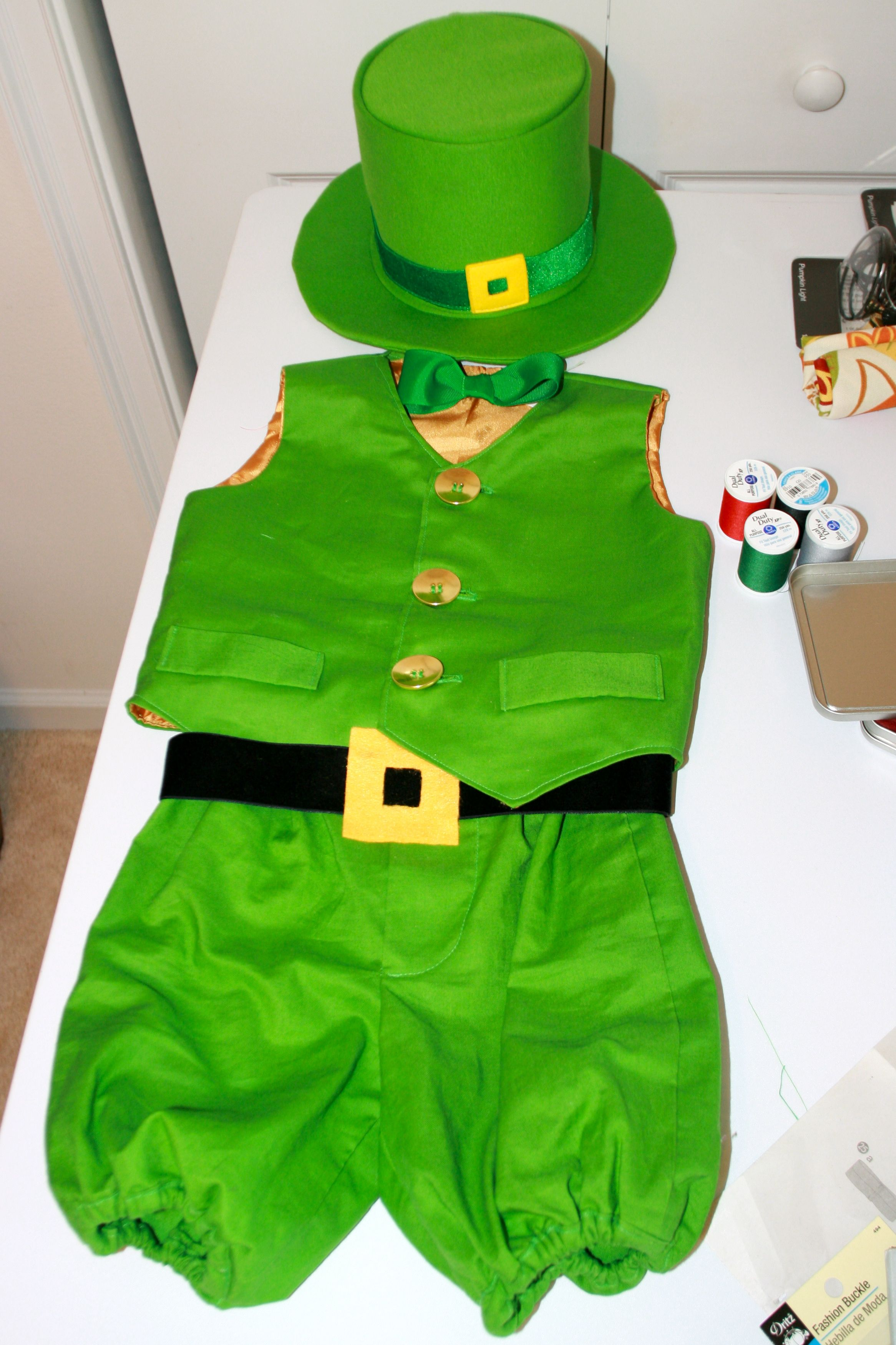 Leprechaun Costume might be able to find a hat for St. Patrick s Day ... 4db2e3846e16