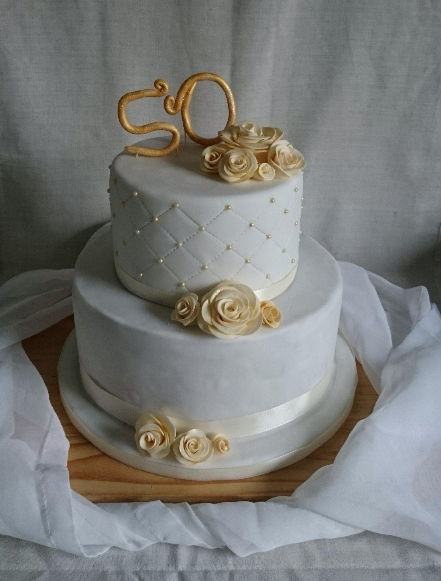 Torte Zur Goldenehochzeit 2 Stockig Mit Zweierlei Fruchtfullung