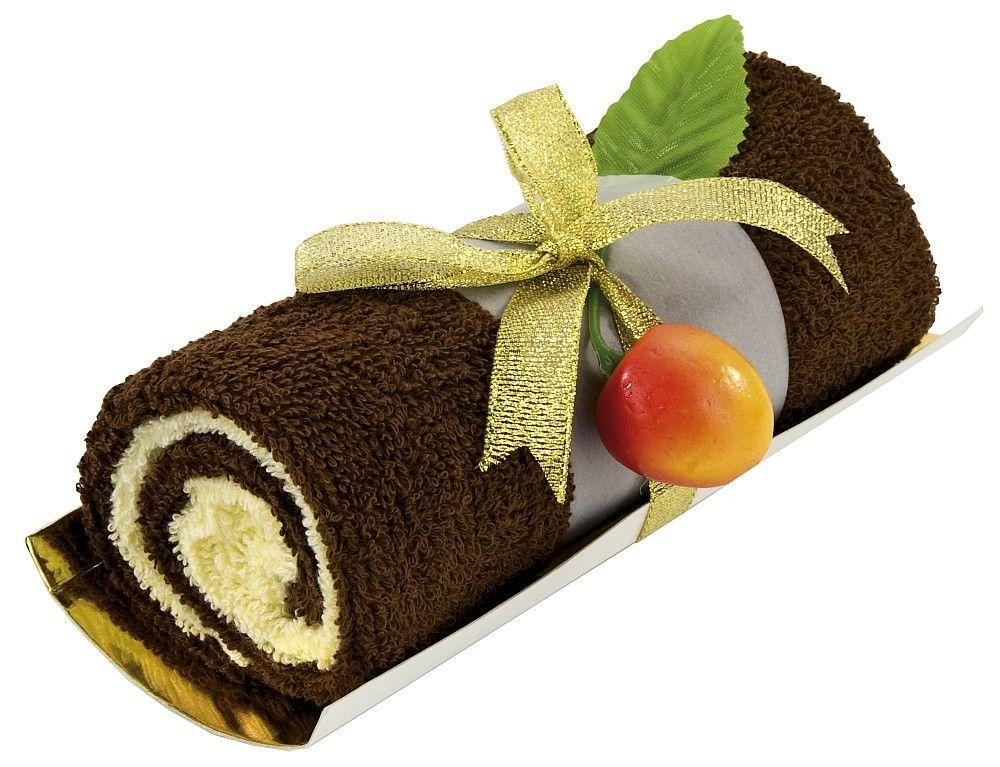 Dit cadeau is geschikt voor liefhebbers van zoetigheid en van wellness! De chocolade-vanille rol lijkt net op een zelfgebakken cake! #cadeautjesnl #wellness #handdoeken
