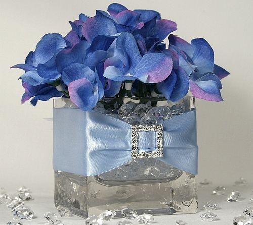 Centerpieces in square vases beautiful blue hydrangea