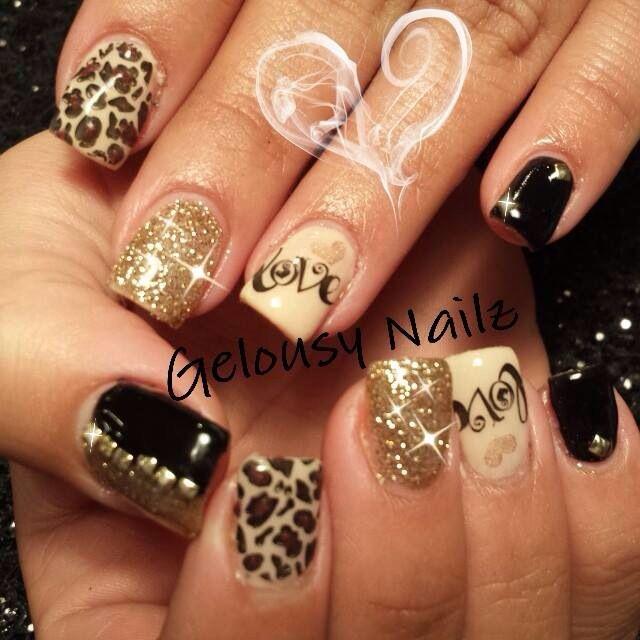Cheetah Print Nail Art Idea With Glitter Accent Ideas De Unas Ongles Short Nails Nailart Nails Valentines Nails Nail Designs