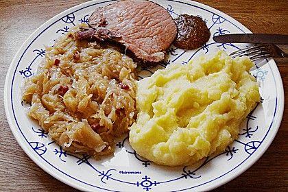 Sauerkraut auf westfälische Art, ein schönes Rezept aus der Kategorie Gemüse. Bewertungen: 82. Durchschnitt: Ø 4,6.