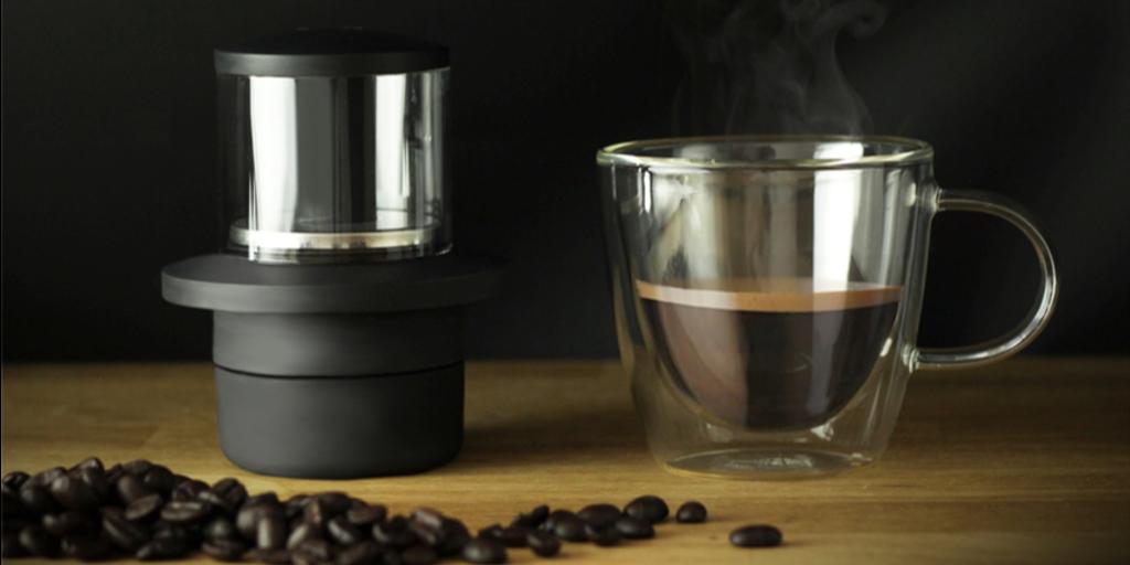 COFFEEJACK Nonelectric pocketsized espresso machine