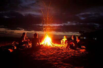Campfire Beach Google Zoeken