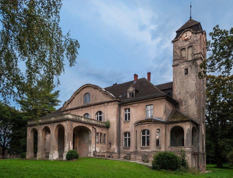 Herrenhaus In Wansdorf Havelland Herrenhaus Verwunschene Schlosser Englische Landhauser
