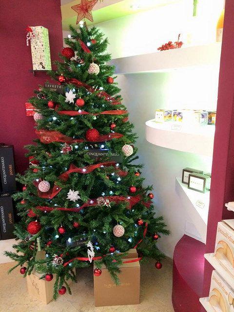 E'davvero Natale se passi a La Guardiense showroom....regali unici e inimitabili. Buon Natale a voi tutti | Flickr - Photo Sharing!