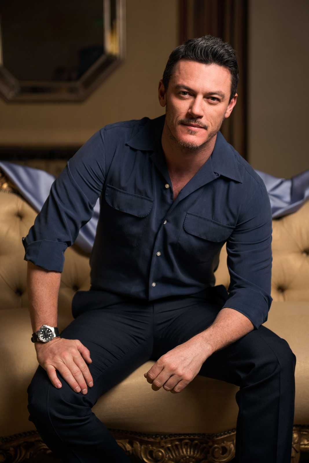 Luke Evans (born 1979) nude (96 pictures) Leaked, Twitter, cleavage