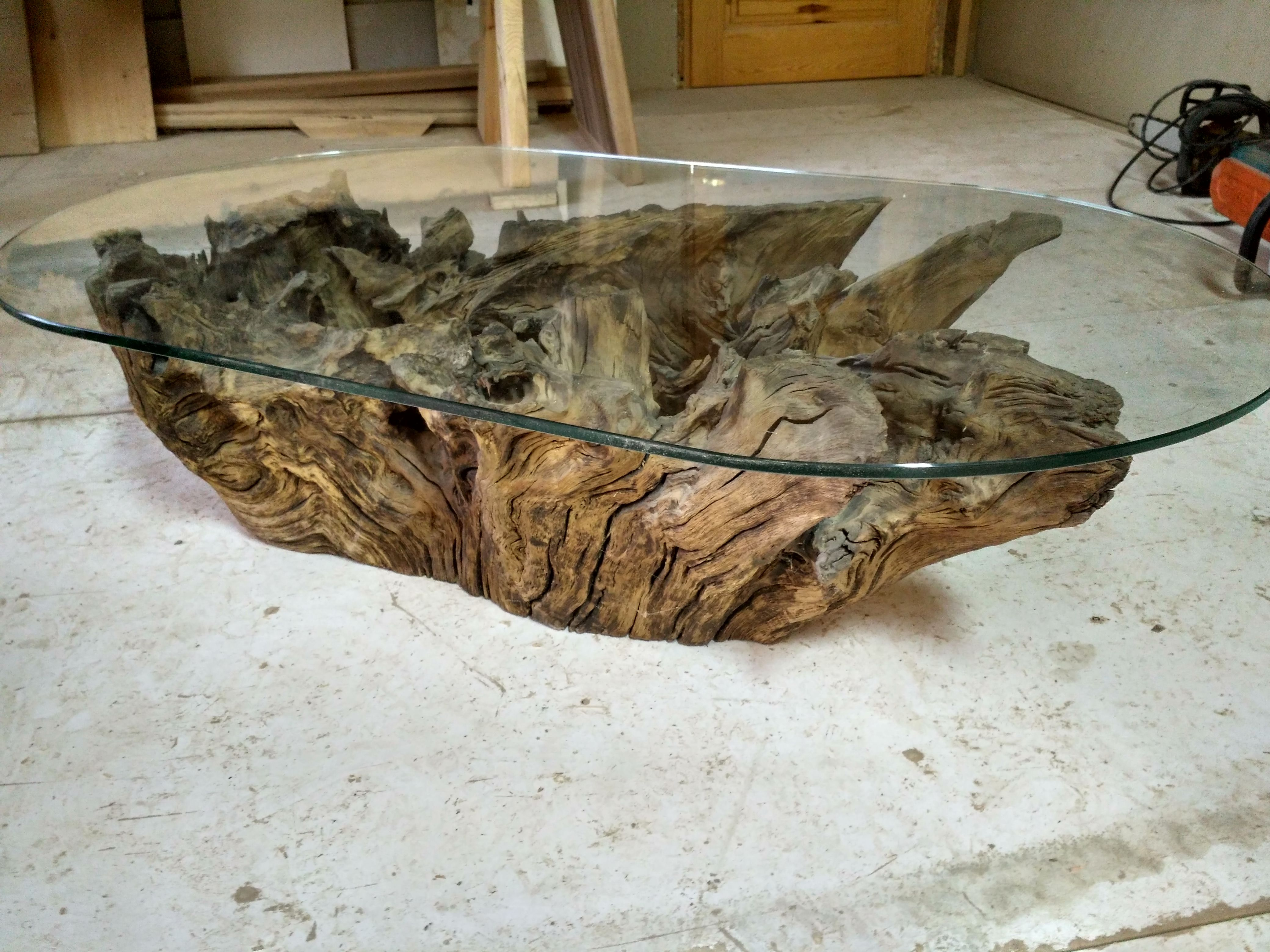 A Beautiful Coffee Table Can Be Created From Oak Stump The Glass Top In This Case Means That The Beautifull Coffee Table Beautiful Coffee Glass Coffee Table [ 3120 x 4160 Pixel ]