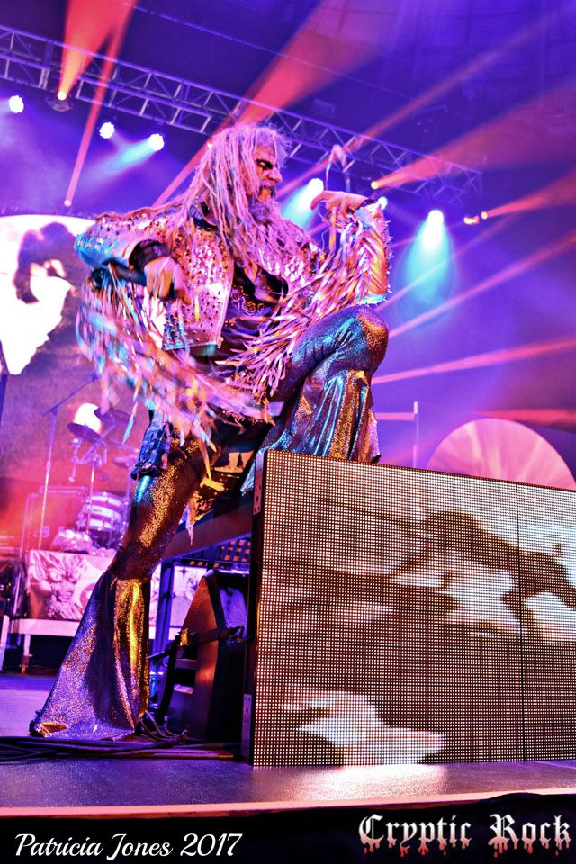 Stage Rob With Images Rob Zombie White Zombie Zombie