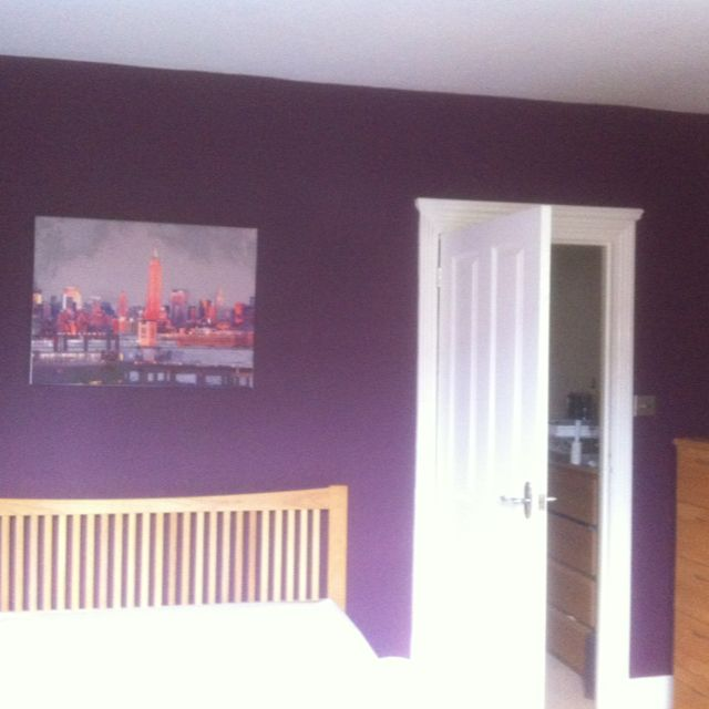 Decorating Ideas Dulux: Mulberry Burst - Bedroom Decorated. #dulux