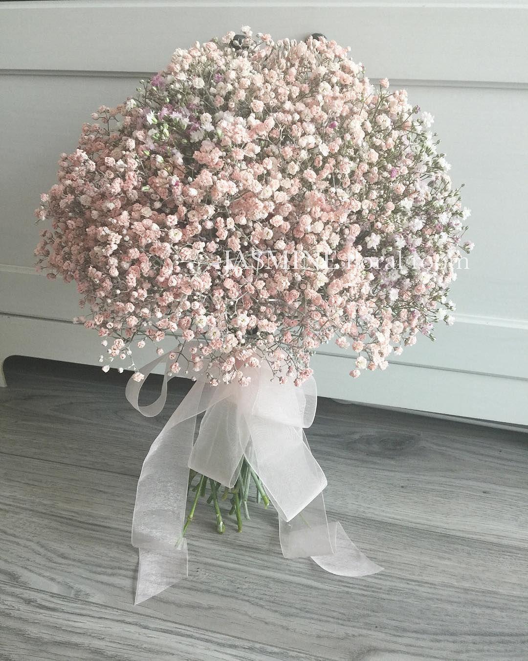 A Pale Pink Baby S Breath Bride Bouquet For Magazine Photo Shooting Stay Tuned Jasminefloralroom Bride Bridalbouquet Bo đam Cưới Hoa đẹp Hoa Cuc Họa Mi