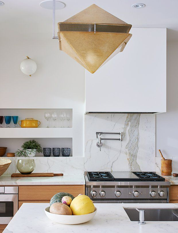 See 19 kitchens and get modern, traditional, vintage, bistro, Scandi, contemporary and global kitchen lighting ideas from each stunning space.