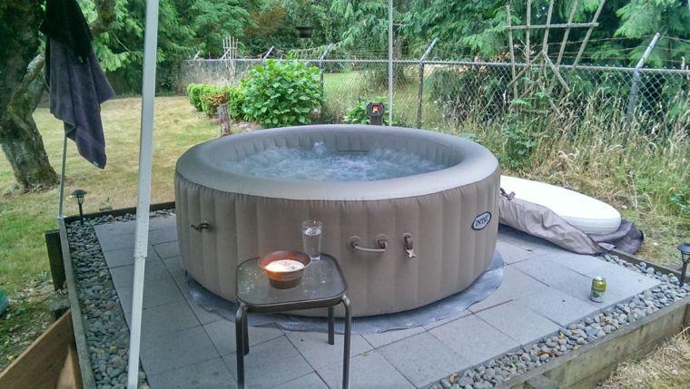 Jacuzzi exterior ideas para ubicarlo en el jardín (mit