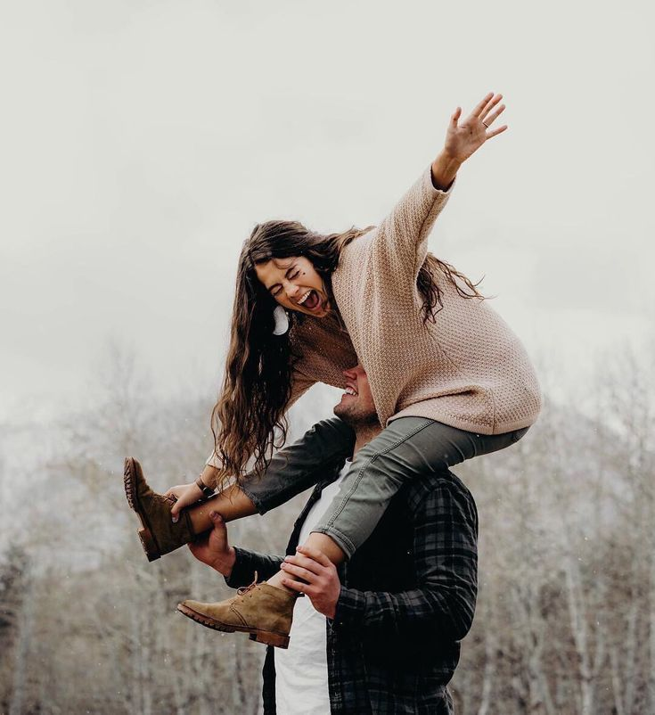 5 adventurous and unconventional first date ideas couple