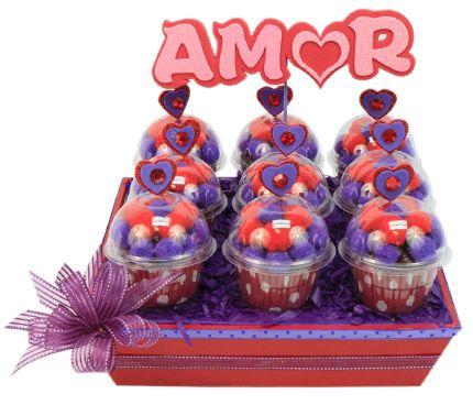 Decoración para barra de dulces de despedida de soltera. Manualidades originales