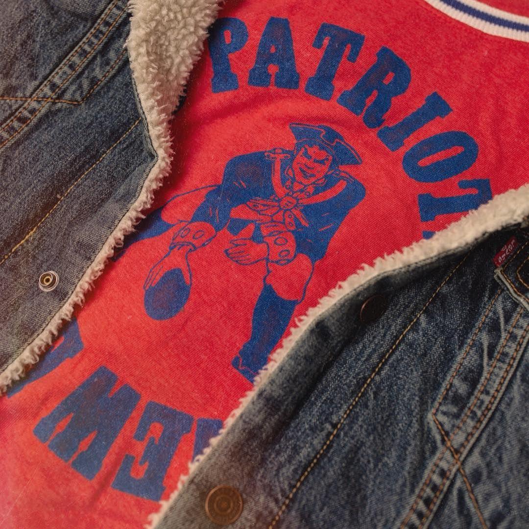 Womens Patriots Kick Off Crew Licorice Xs Patriots Kicks Vintage Sports