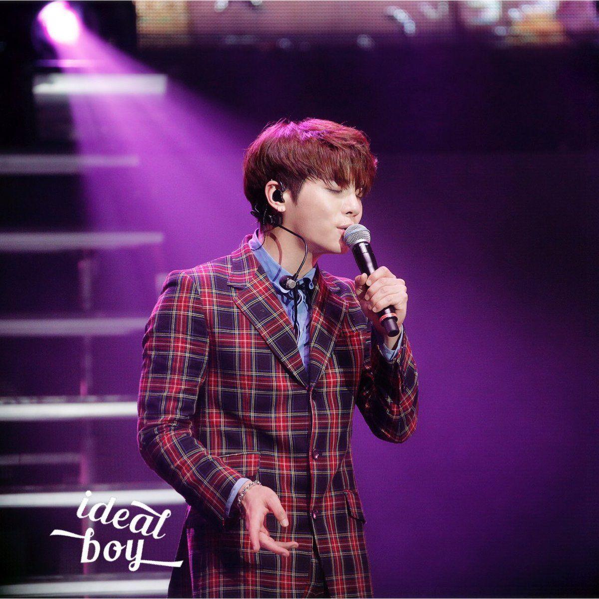 March 26th 2017 at LA Shinee world v, Jonghyun, Shinee